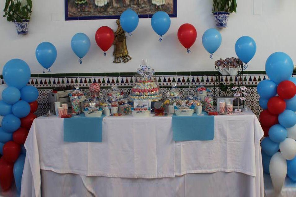 Candy bar y globos comunión