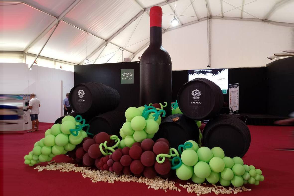 Globos racimo uvas vino