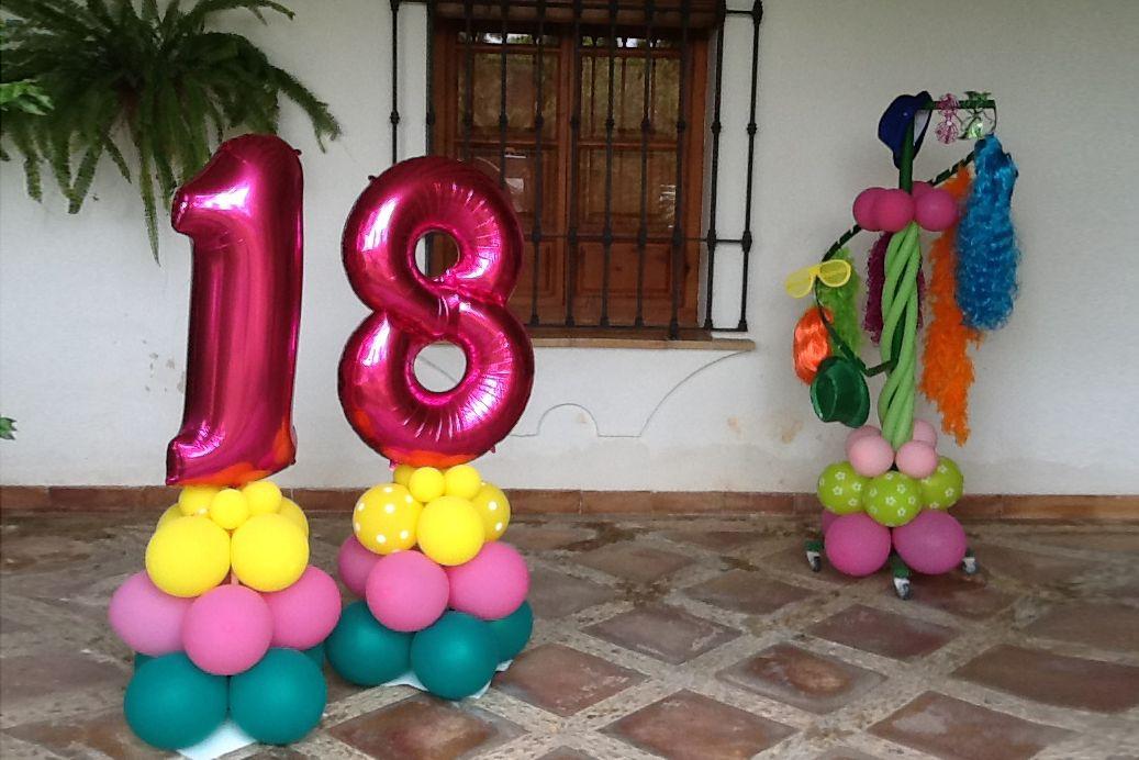 Globo con número 18 cumpleaños