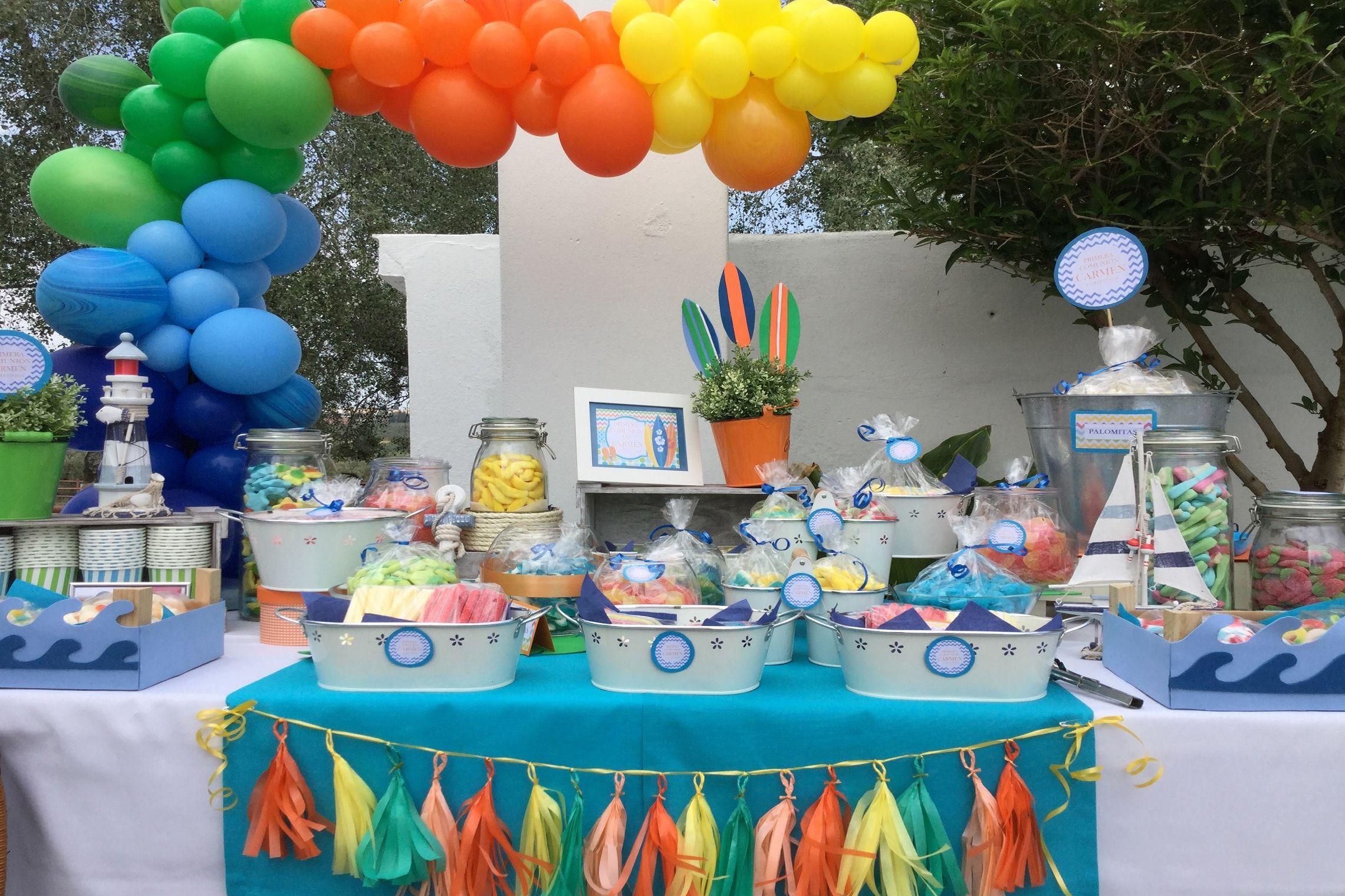 Decoración Surf y globos de colores